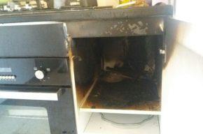 آتش سوزی در آشپزخانه منزل مسکونی